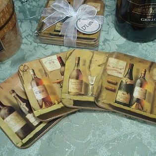4Pc Wood Cork Coaster Set Bottles