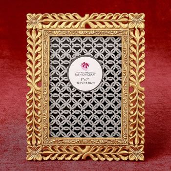 Magnificent Gold Lattice 5 x 7 frame from gifts by fashioncraft