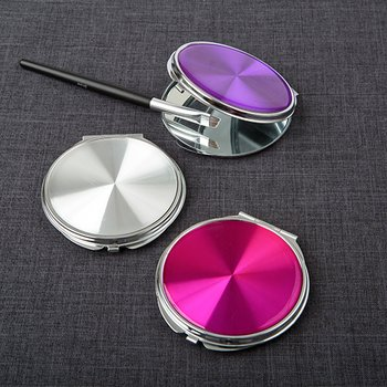 Hologram style compact mirrors from gifts by fashioncraft